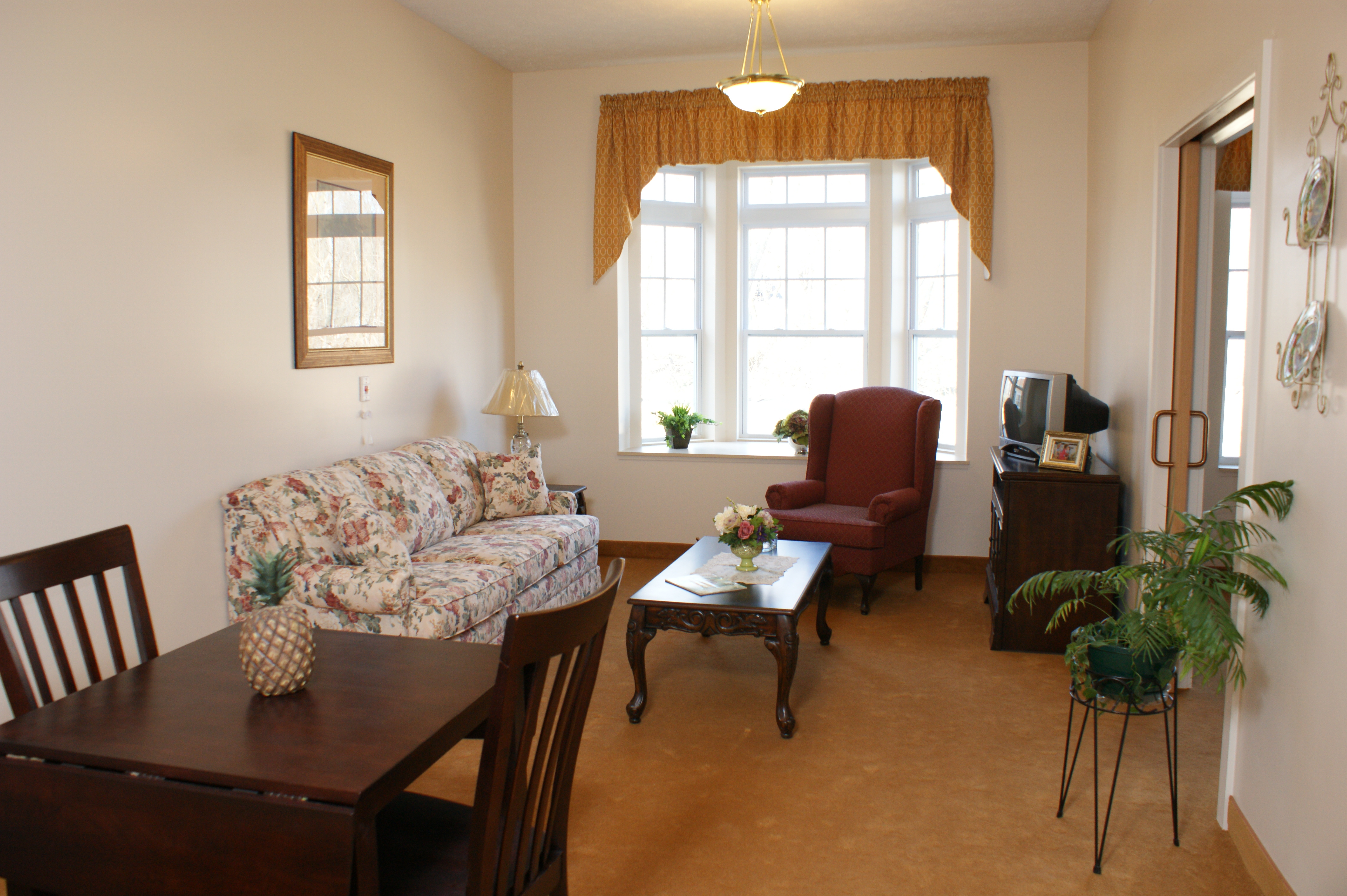 North Ridgeville Assisted Living Suite - Respite Furniture Included